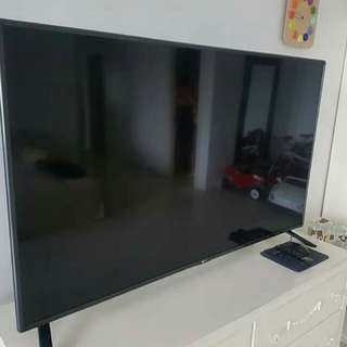 "For sale 55"" LG smart tv Led"
