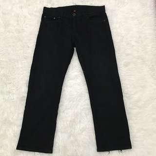 Preloved Uniqlo Black Jeans S001