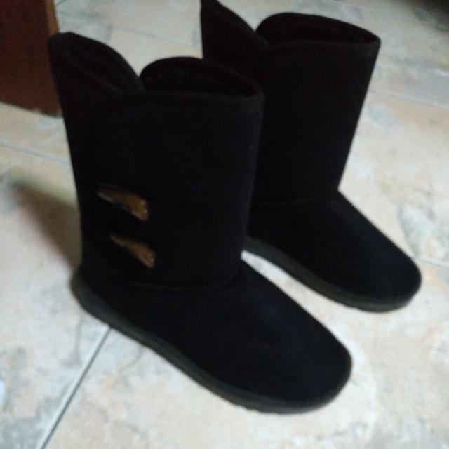 百搭黑色兩穿雪靴