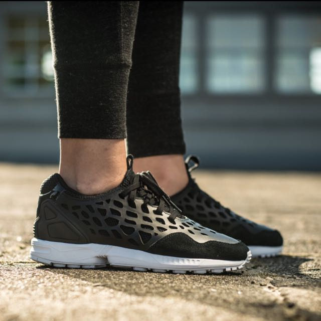Adidas ZX Flux Lace in Core Black