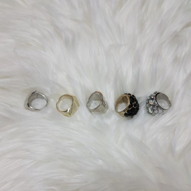 Assorted Rings Silver/Gold/Diamond