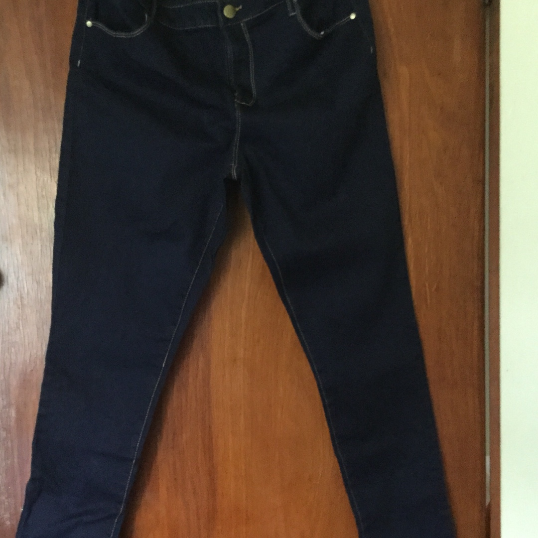 Avella blue jeans
