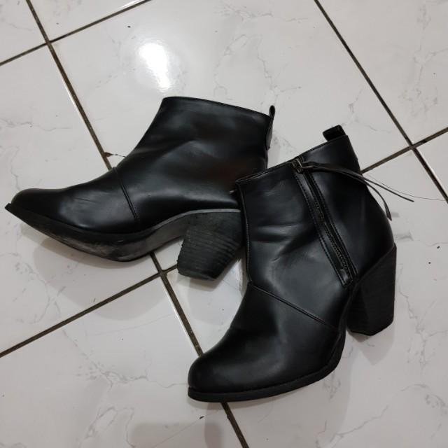 Black Leather Heel Boots
