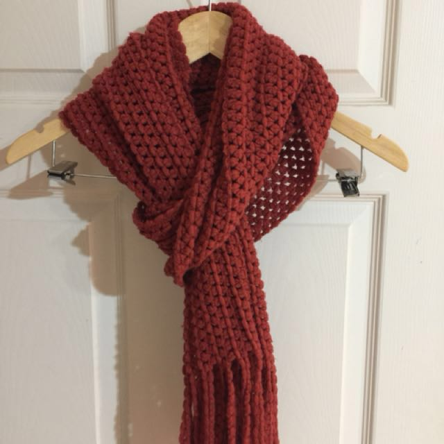 Burnt orange Knit scarf