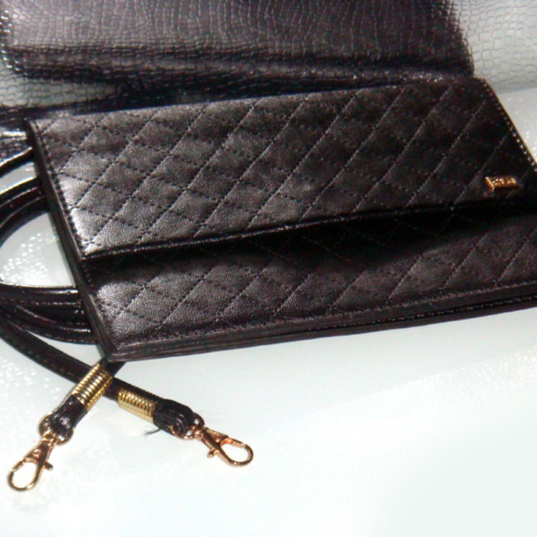CLN Pouch with Sling