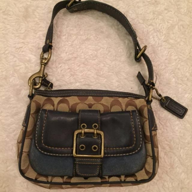 Coach purse. Price negotiable