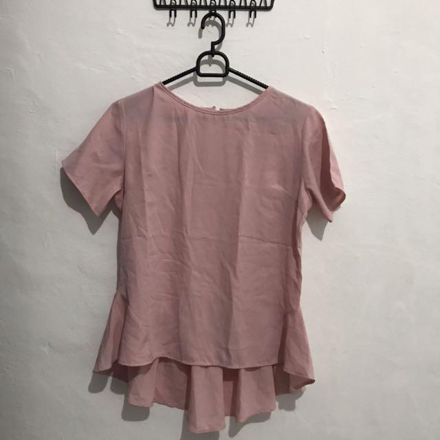 Dot dtails blush shirt