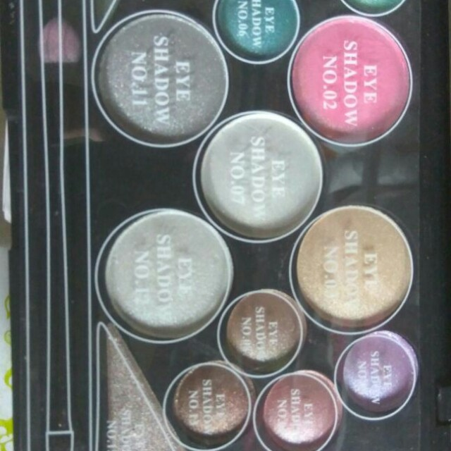 Eyeshadow mac 18 colour