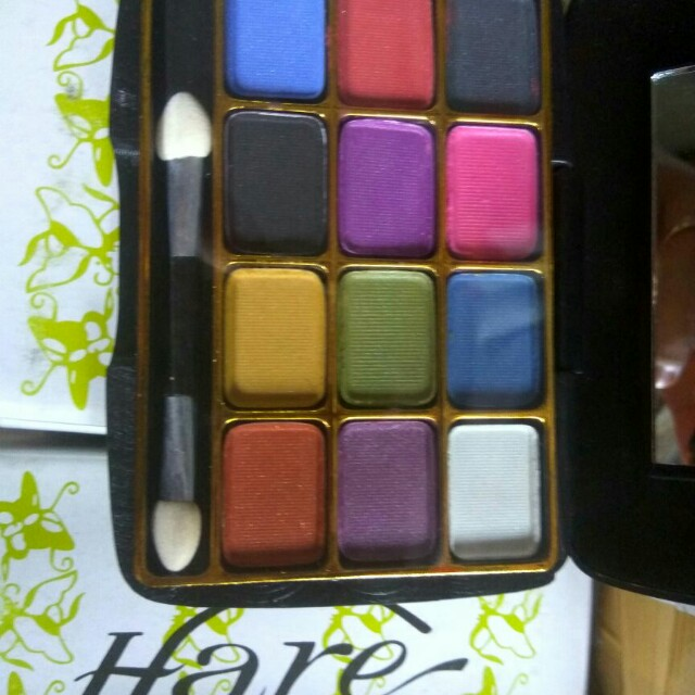 Eyeshadow peace 3012