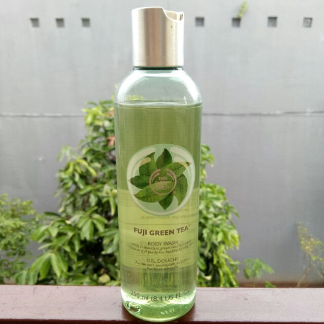 Fuji Green Tea Body Wash 250ml