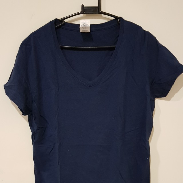 Gildan V neck Top