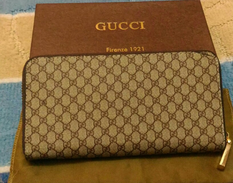 9e061ae1c7a Gucci Ladies Wallet on Carousell