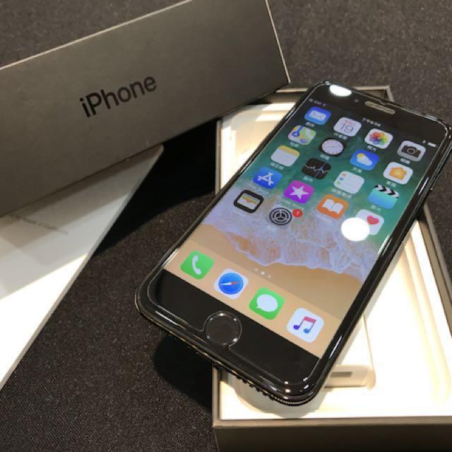 曜石黑iPhone7 128G盒裝 除耳機外 其餘配件都有附(高雄鳳山可面交)