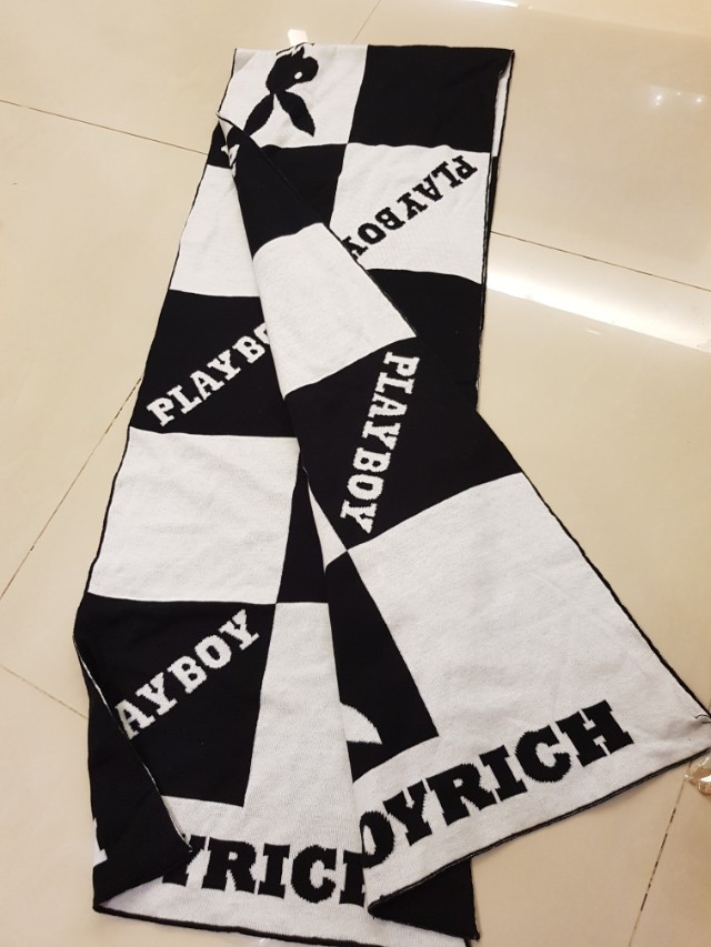 joyrich ×playboy圍巾 黑白格 超好看 日本kindal購入 售2500只有一條
