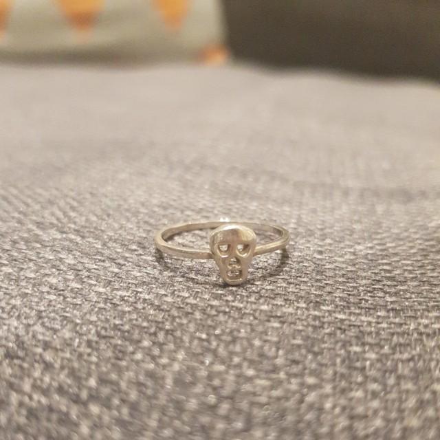 Karen Walker Fine Ring - Skull