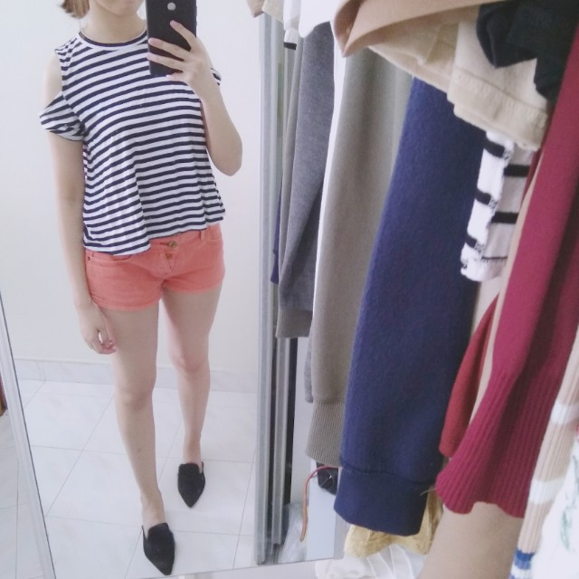 Kitschen Cold Shoulder Stripes Top #Fesyen50