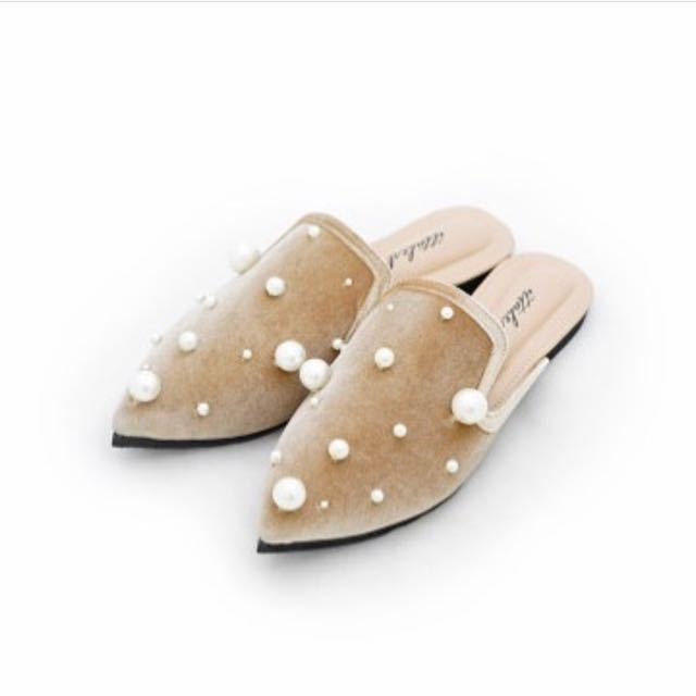 Lady victoria nude ittaherl curated sandra dewi vol 02 size 39 mules