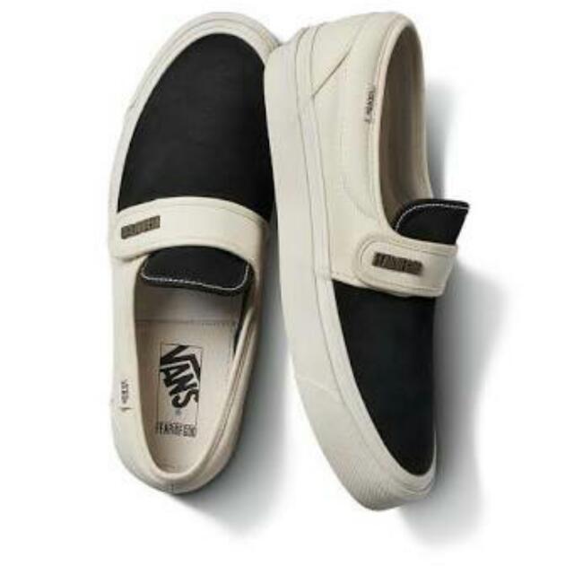 LOOKING FOR FOG X Vans White Slip On
