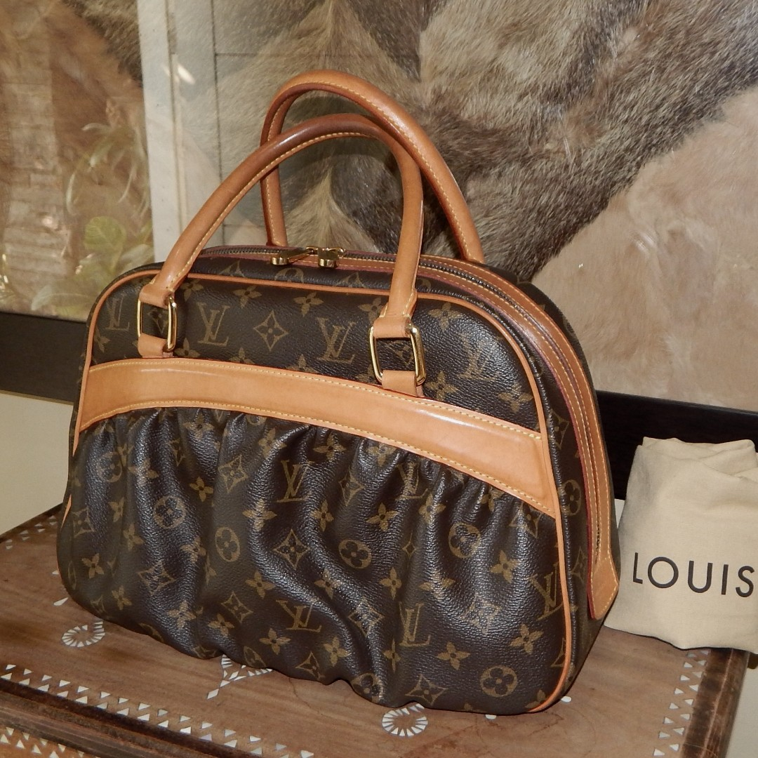 LOUIS VUITTON limited edition mono mizi bag