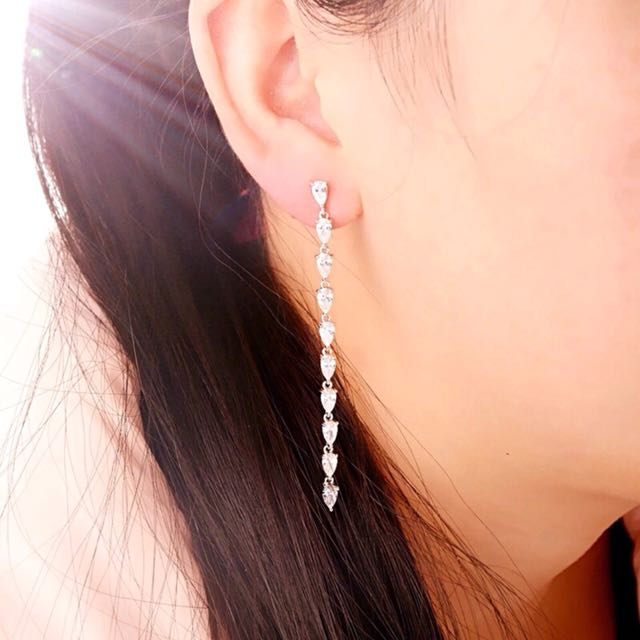 New Zirconia Long Earrings