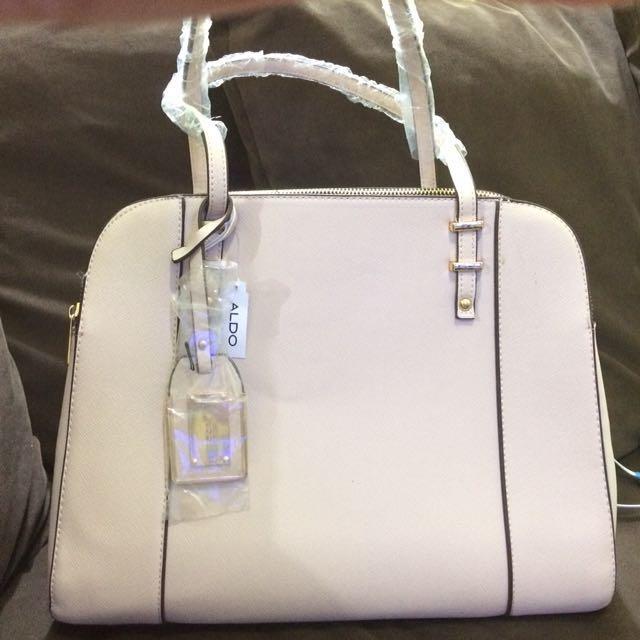 Orig Aldo hand bag