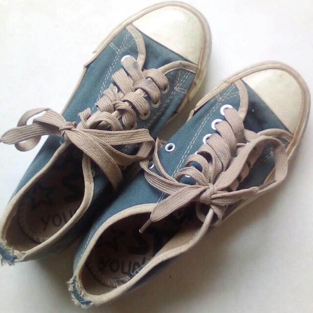 Sepatu Jalan NORTH STAR