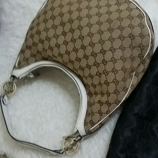 718a5eba3 Women's Gucci Twin Gg Hobo On Poshmark Authentic, Luxury, Bags & Wallets on  Carousell