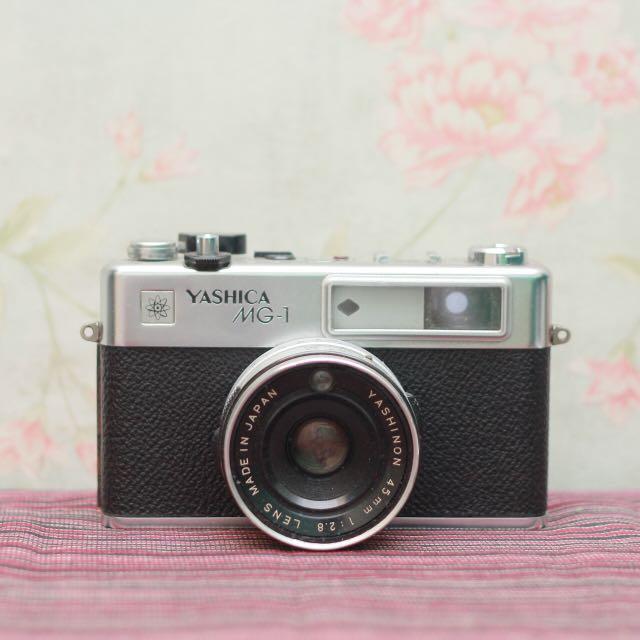 Yashica MG1