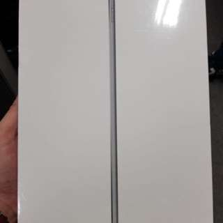 IPAD Air 2 32 GB Brand New in Box Wifi only