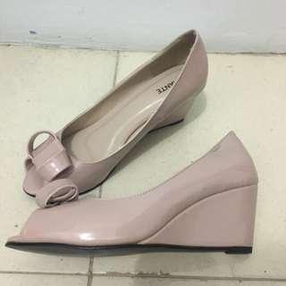 Amante Pink Beige Wedges