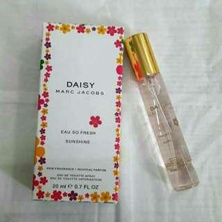 Daisy Marc Jacob Perfume 20ml.