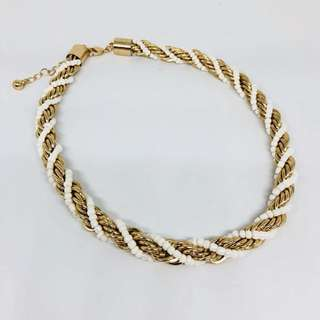 Twisted Gold Chain Pearl Necklace