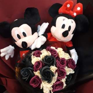 Mickey Mouse Soap Rose Bouquet