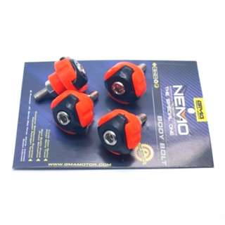 BAUT NEMO COVER BODY BLACK-ORANGE (ISI 4PCS)