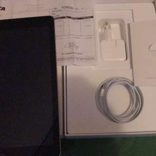 Ipad 9.7 wifi 32 GB