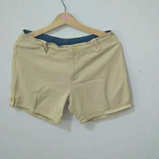 Blonde hot pants