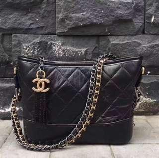 斷貨王回歸(數量有限)Chanel medium size (black)
