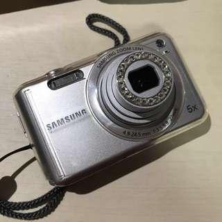 SAMSUNG ES70 Camera