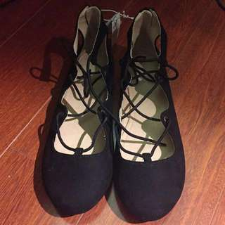 Black flats with laces    Size 5