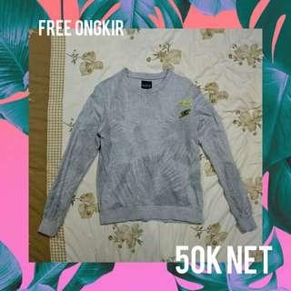 Muzca Sweatshirt
