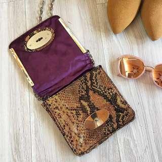 全新❤️澳洲品牌ZU蛇紋感鍊飾小包/clubbing bag