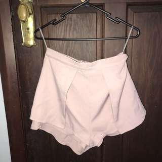 Woman's pink shorts uk10