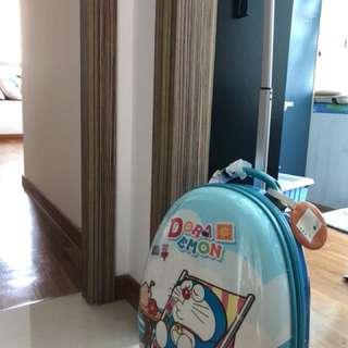Kid luggage/suitcase