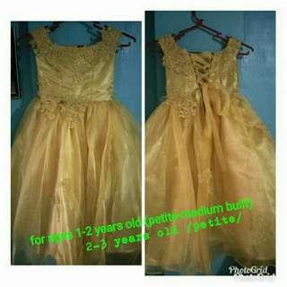 off shoulder organza mat gold gown