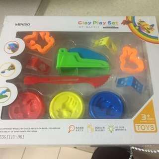 Brand new playdoh kit