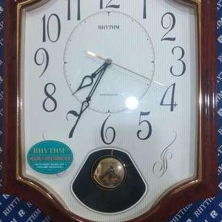 RHYTHM Wall clock (jam dinding)