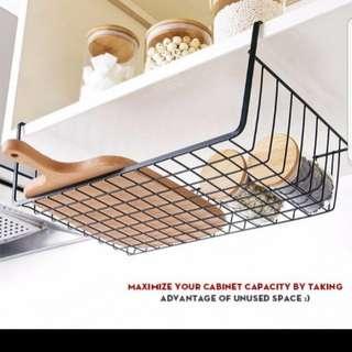 Undershelf wire tray