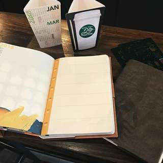 2018 STARBUCKS planner Limited Edition!