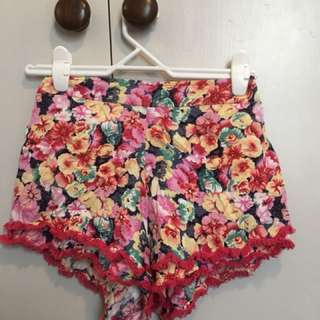 paper hearts floral shorts