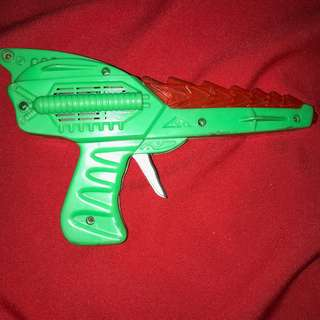 Vintage 1990s space toy gun STILL MAKES A SOUND